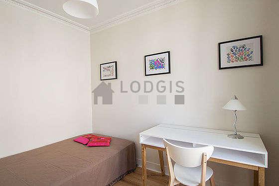 Chambre très calme pour 2 personnes équipée de 1 lit(s) de 120cm