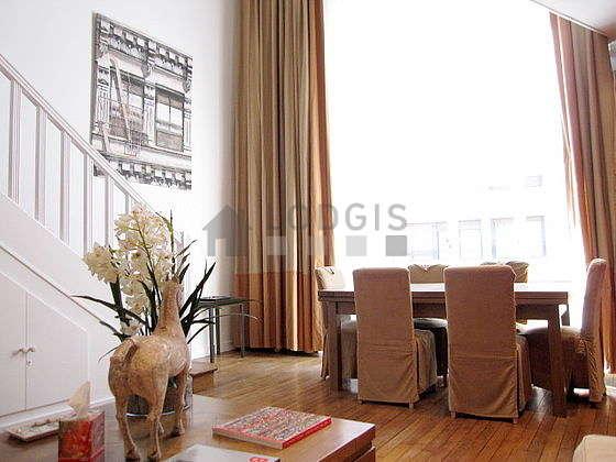 Salon équipé de placard, 7 chaise(s)