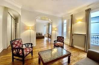 Hôtel de Ville – Beaubourg Paris 4° 2 bedroom Apartment