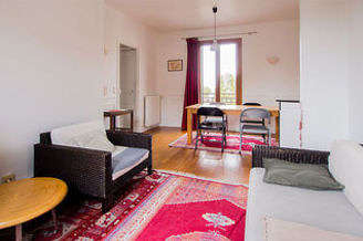 Buttes Chaumont Paris 19° 2 bedroom Townhouse