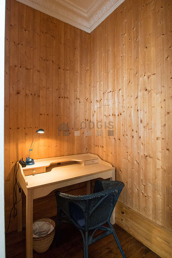 location studio malakoff 92240 meubl 32 m proche de paris. Black Bedroom Furniture Sets. Home Design Ideas