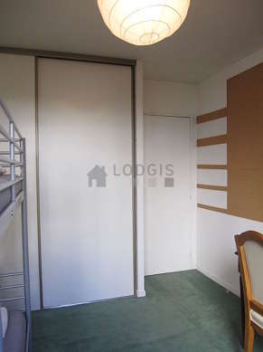 Quiet bedroom for 2 persons equipped with 1 bunk bed(s) of 90cm