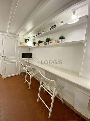 Séjour très calme équipé de 1 lit(s) mezzanine de 90cm, 1 lit(s) mezzanine de 140cm, téléviseur, chaine hifi