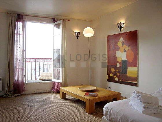 bba4b0792299 Paris Montmartre (Rue Des Abbesses)   Aluguel mobiliado   studio, 25 ...
