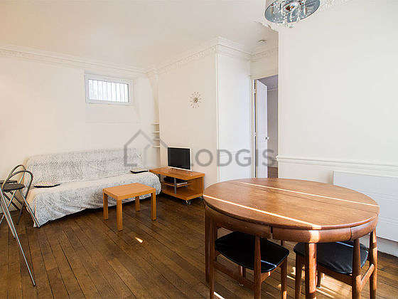 Very quiet living room furnished with 1 sofabed(s) of 140cm, tv, 4 chair(s)