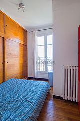 Apartment Paris 20° - Bedroom