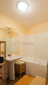 Apartment Paris 10° - Bathroom