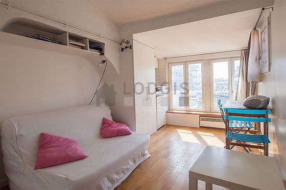 Very quiet living room furnished with 1 loft bed(s) of 140cm, 1 sofabed(s) of 140cm, hi-fi stereo, wardrobe
