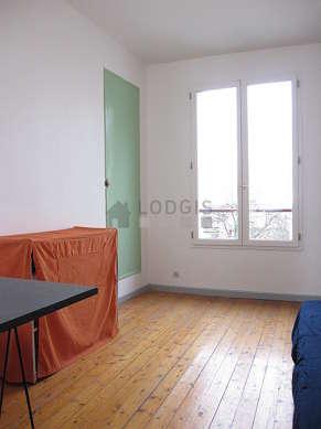 Chambre très calme pour 1 personnes équipée de 1 matelas de 90cm