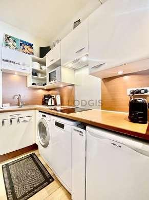 Magnifique cuisine de 4m² avec du parquet au sol