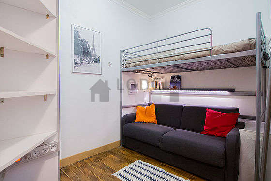 Very quiet living room furnished with 1 bunk bed(s) of 80cm, tv, cupboard