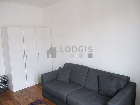 Very quiet living room furnished with 1 sofabed(s) of 140cm, closet, storage space