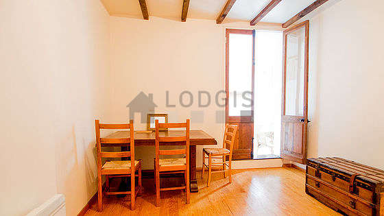 Dining room equipped with dining table, 4 chair(s)