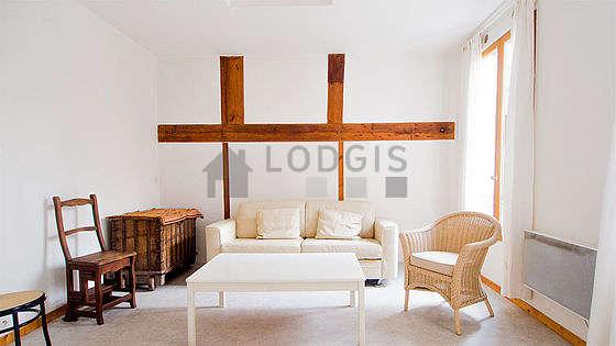 Séjour équipé de 1 canapé(s) lit(s) de 140cm, 2 fauteuil(s)