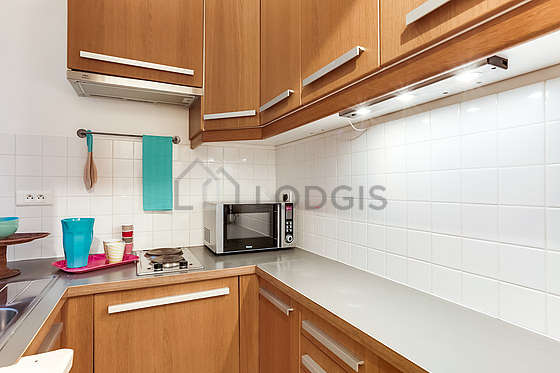 Beautiful kitchen of 3m² with tile floor