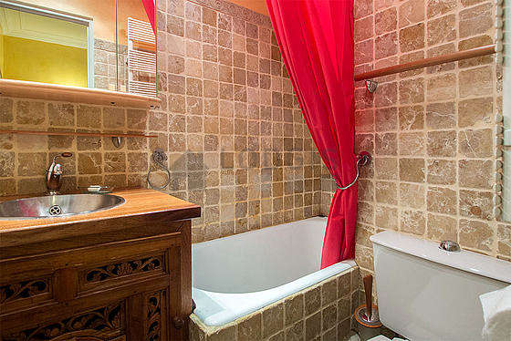 Beautiful bathroom with tile floor