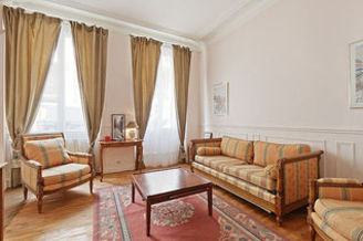 Appartement Rue De Bassano Paris 16°