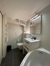 Duplex Paris 7° - Bathroom