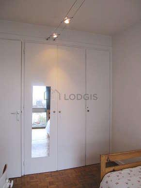 Chambre calme pour 2 personnes équipée de 1 matelas de 80cm, 1 lit(s) de 80cm