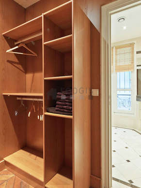 Appartement Paris 8° - Dressing 2