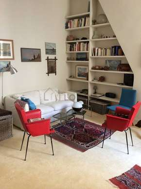 Quiet living room furnished with 1 bed(s) of 120cm, 1 sofabed(s) of 140cm, tv, 3 armchair(s)