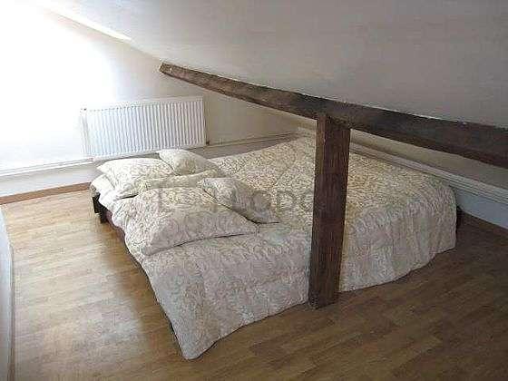 Chambre très calme pour 2 personnes équipée de 1 futon(s) de 140cm