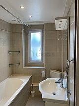 Apartment Paris 6° - Bathroom