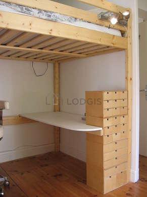 Chambre pour 2 personnes équipée de 1 lit(s) mezzanine de 140cm