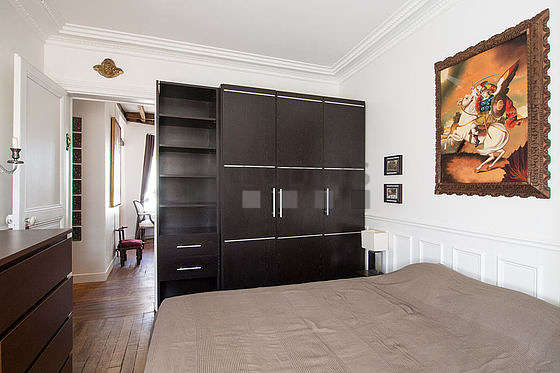 Chambre très calme pour 2 personnes équipée de 1 lit(s) de 140cm
