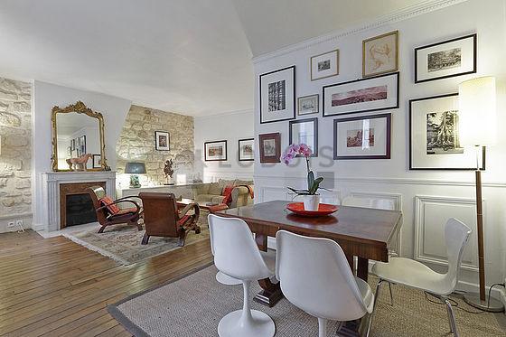 location appartement 2 chambres paris 3 rue au maire. Black Bedroom Furniture Sets. Home Design Ideas