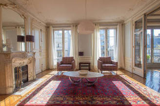La Chapelle Paris 18° 3 bedroom Apartment