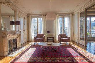 La Chapelle Париж 18° 3 спальни Квартира