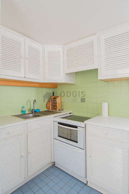 Kitchen equipped with dishwasher, refrigerator