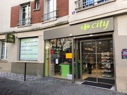 Geschäftstraum Paris 19°